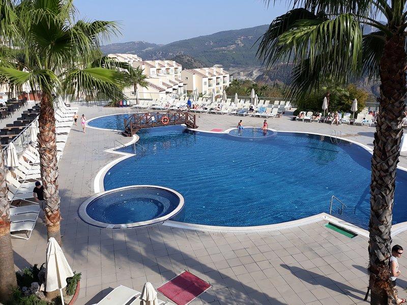 Pelican 23 at Kusadasi golf resort and spa, location de vacances à Soke