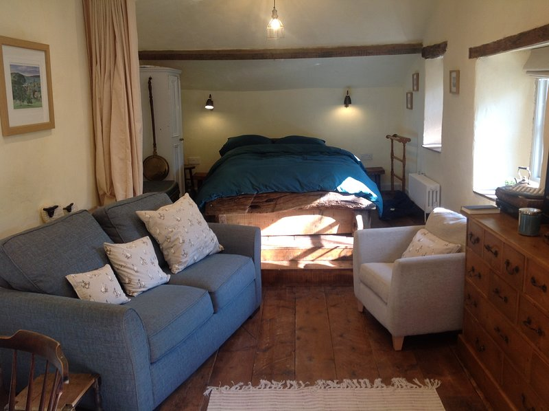 The Weaver's Workshop, holiday rental in Addingham