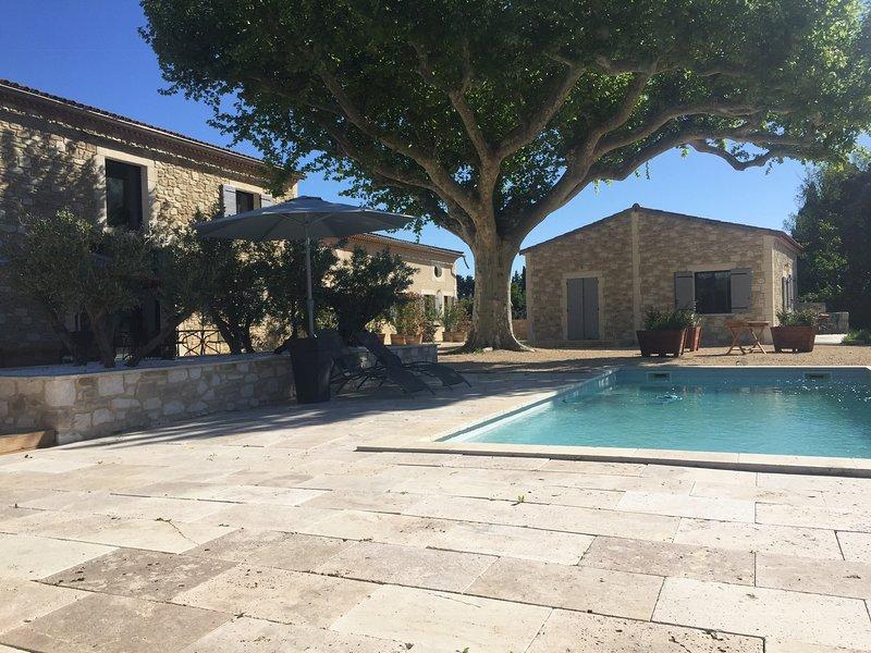 Vista dalla piscina e dalla terrazza
