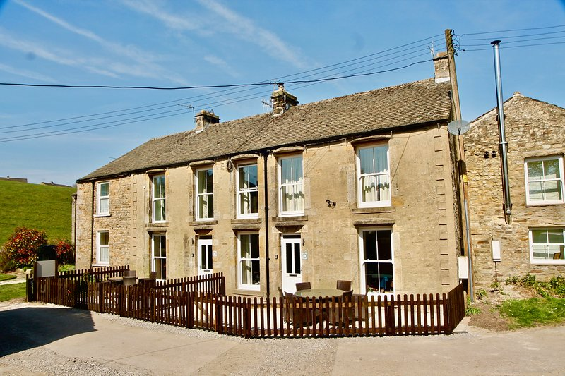 Greystones - Reeth Holiday Cottages, casa vacanza a Low Row