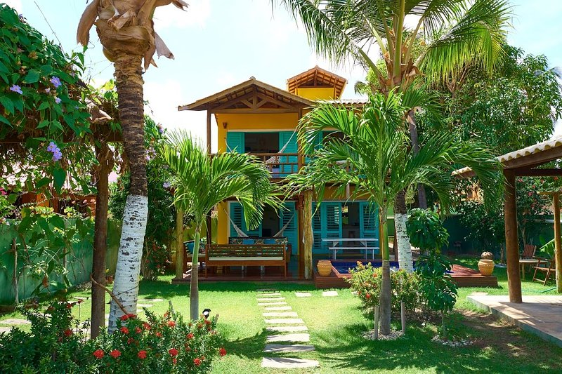 'LA VILLA TROPICALE' linda casa com piscina pertinho do mar !, location de vacances à État du Ceará