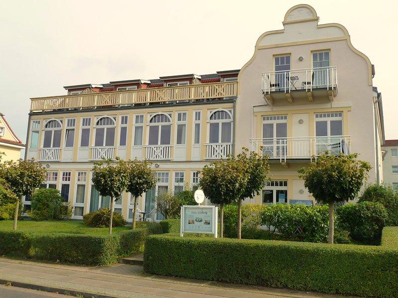 Maison historique de refroidissement (vue de face); notre appartement est situé sur la cour calme