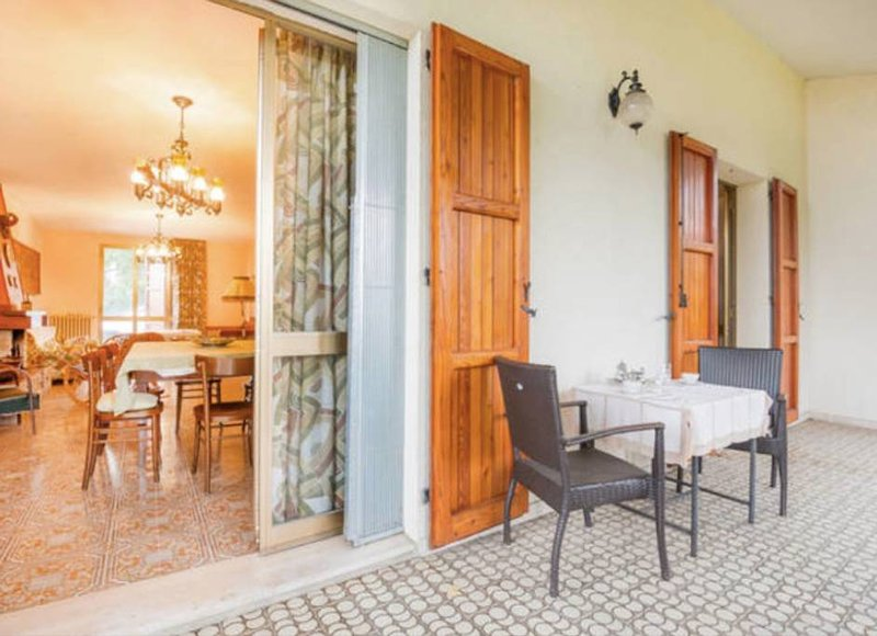 Spacious house in Selve di Monzuno – semesterbostad i Monghidoro
