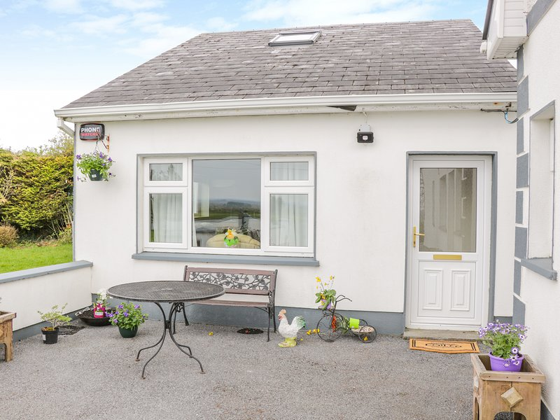 Sunset View, Keelogues, holiday rental in Castletownshend