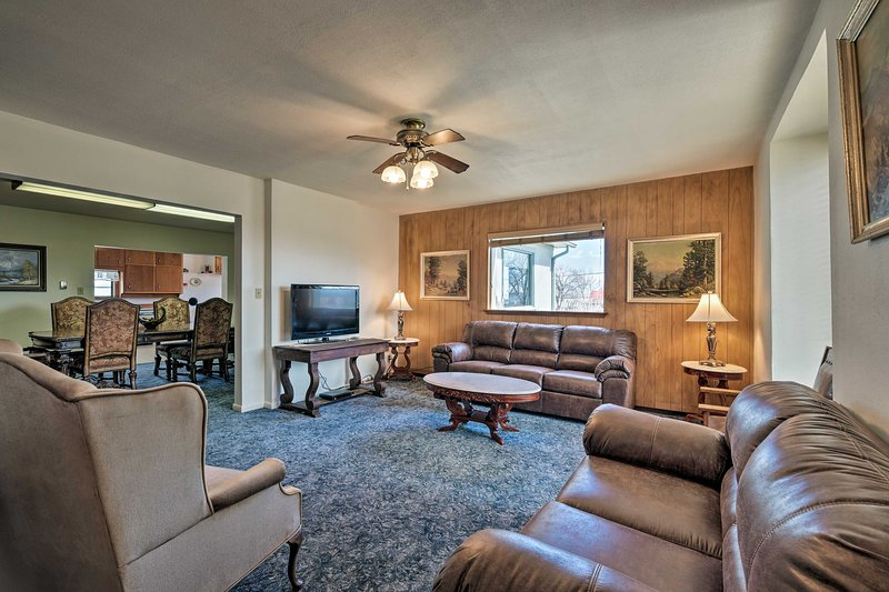 Enjoy a relaxing retreat at this southern Colorado vacation rental.