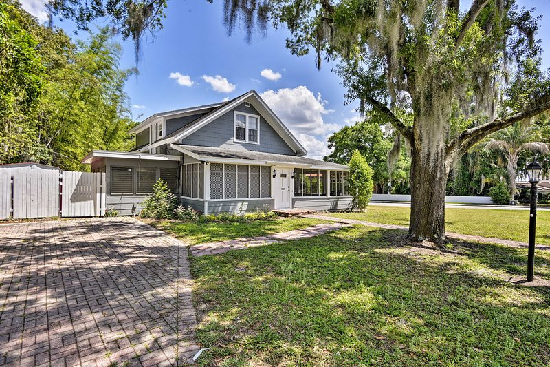 This Winter Haven home is the perfect family getaway!