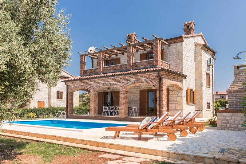 Villa Paradis 24 in Istria for 10 persons, holiday rental in Butkovici