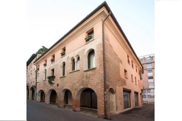 Apartment deluxe Isola di Mezzo, location de vacances à Quinto di Treviso