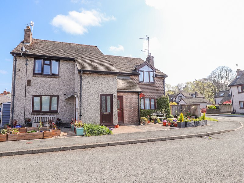 2 MAES FFYNNON, WiFi, Gas fire, Open-plan living, Ruthin, location de vacances à Llanynys