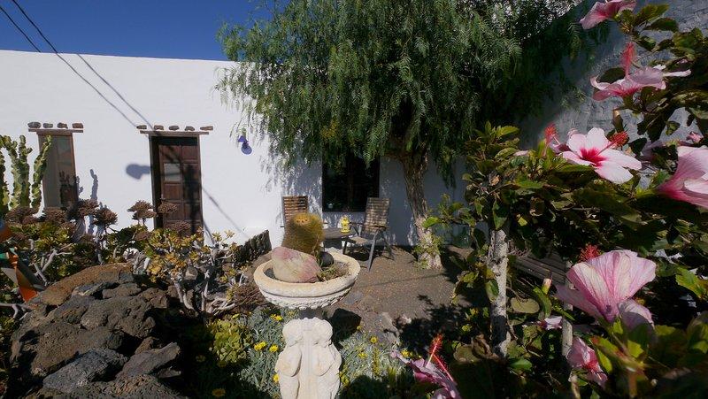 Casa Consultorio, Eingang mit Terrasse nach Westen