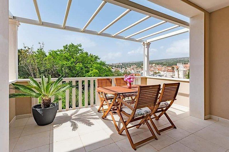 Apartment ROMANTIC ****, holiday rental in Milna