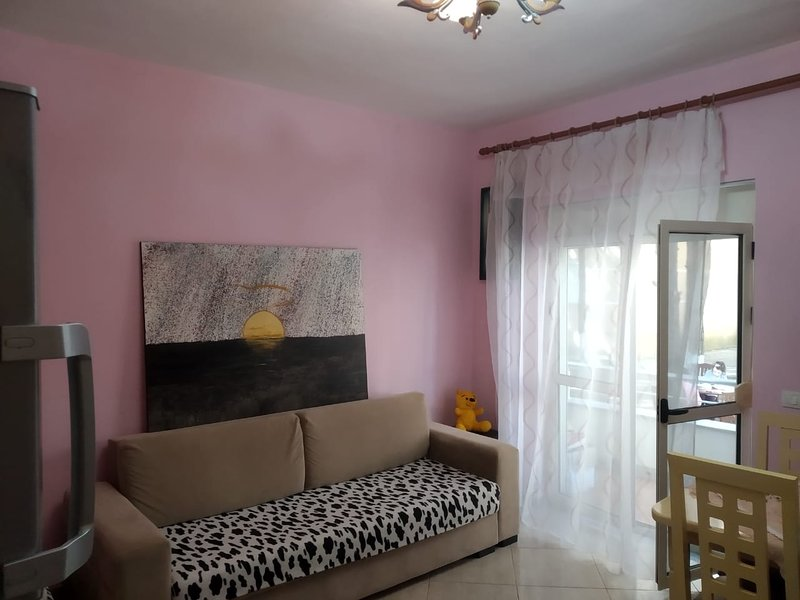 Private Apartment with garden in the Residential Area of Qerret, holiday rental in Kavaje