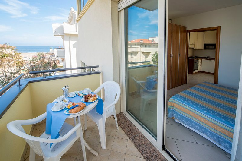 Residenza Adriatic, holiday rental in Rimini