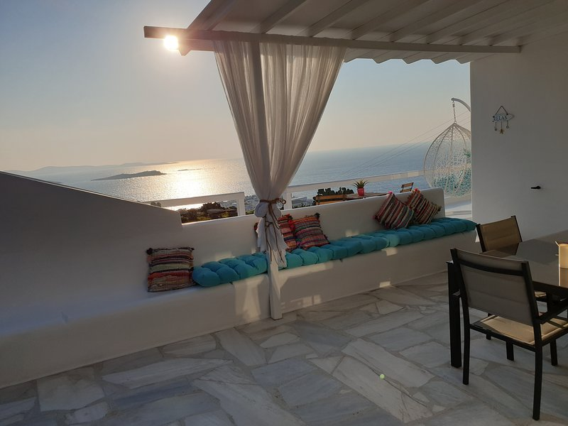Sand Lily Mykonos - Amazing view port & windmills, holiday rental in Mykonos Town