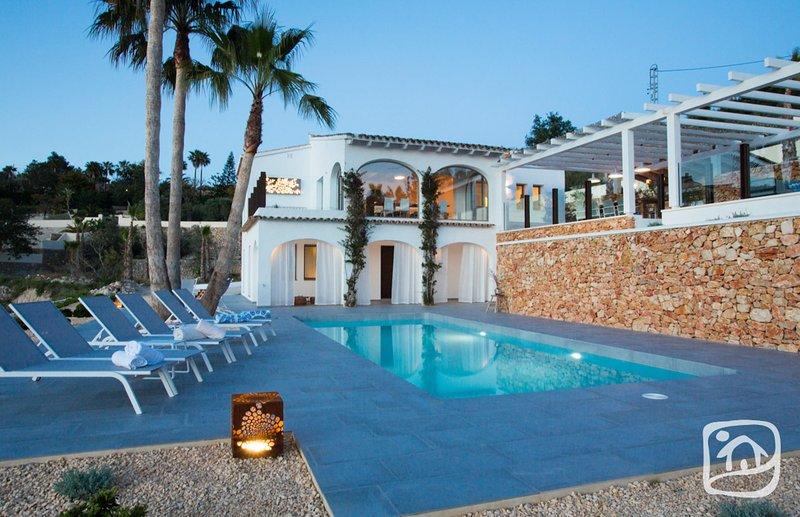 Abahana Villas - EL PALMERAL, vacation rental in Benissa