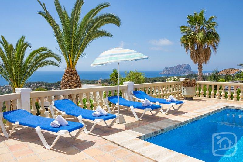 Abahana Villas - ALBATROS, Ferienwohnung in Canor