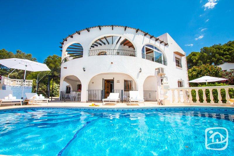 Abahana Villas - PARADOR, holiday rental in Benissa