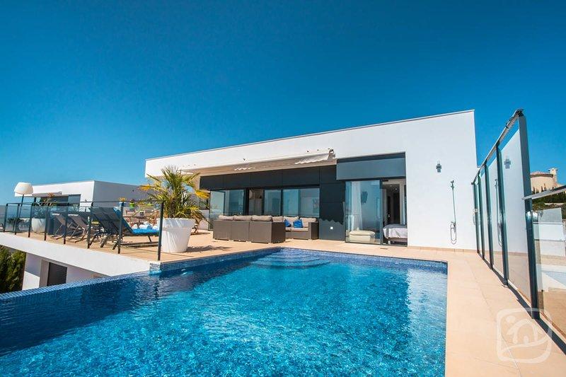Abahana Villas - CHELHA, holiday rental in Benitachell