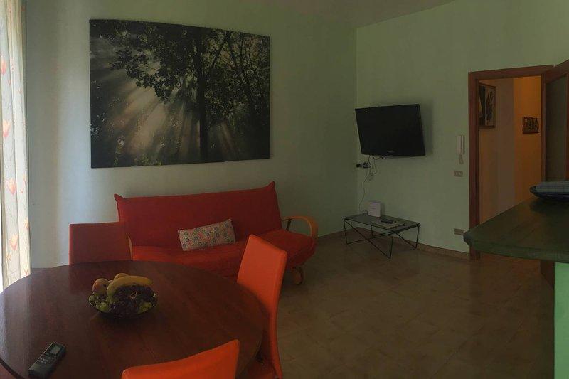 Nice apt with sea view & balcony, holiday rental in Trani