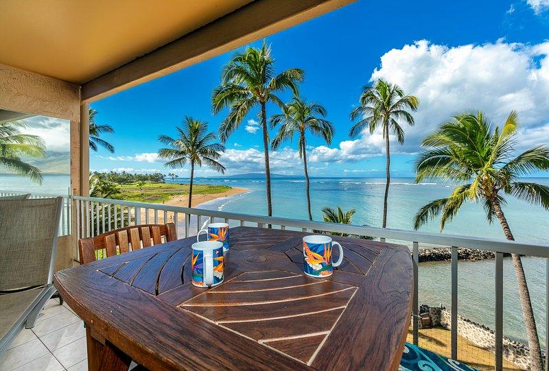 Maui ocean front paradise with miles of beach at Menehune Shores, alquiler de vacaciones en Kihei