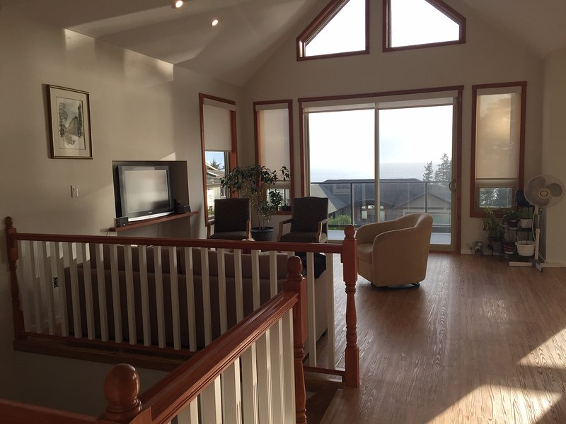 Vacation Paradise for Family and Business, alquiler de vacaciones en Sechelt