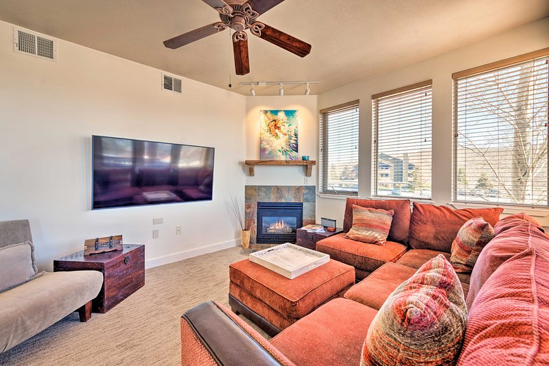 Make this updated vacation rental condo your family holiday destination.