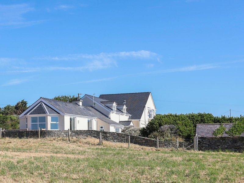 Glanrhyd Isaf, Llanfair Yn Neubwll, vacation rental in Valley