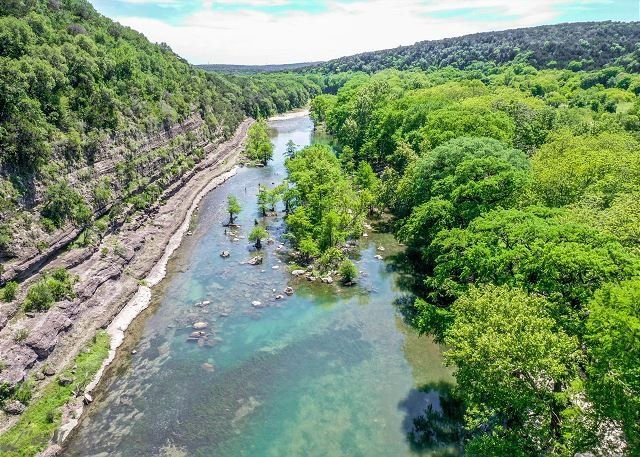 Modern 3 2 River Cabin With The Guadalupe River Right In