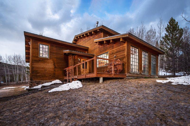 Windigo Lodge - base of Teton Pass!, vacation rental in Victor