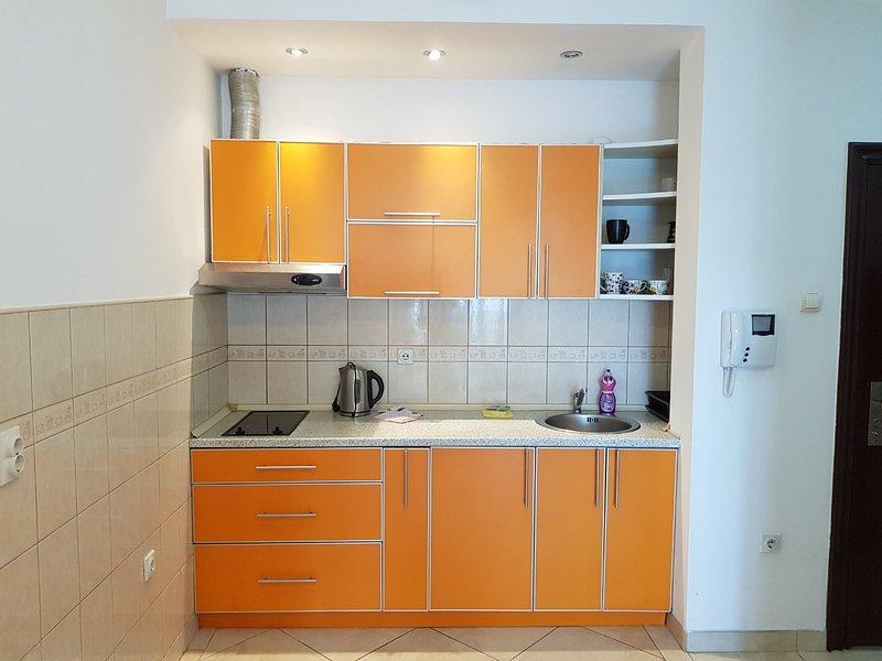 Budva Sea View Apartment, 150m to beach, no. 2, holiday rental in Budva