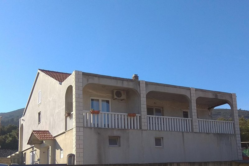 Two bedroom apartment Kneža, Korčula (A-4342-a), holiday rental in Racisce