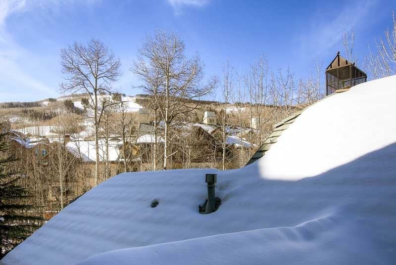 06-Villa-Montane-111-View1.jpg