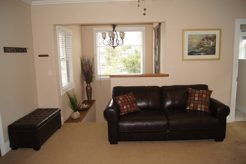 Lovely 2-Level Victorian, holiday rental in National City