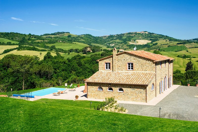 Casale Bacio, location de vacances à Querceto