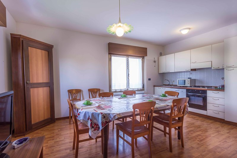 Fattoria 3 (1st. floor, 3 bedrooms, 1 bathroom apartment), vacation rental in Province of Udine