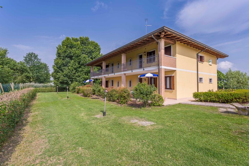 Folaghe 2 (2 room apartment), vacation rental in Varmo
