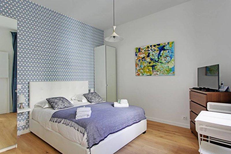 A Modern Studio in Montmartre, vacation rental in Paris