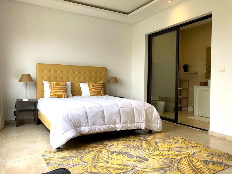 Abidjan - Villa Rok - Suite n°2, location de vacances à Grand Bassam