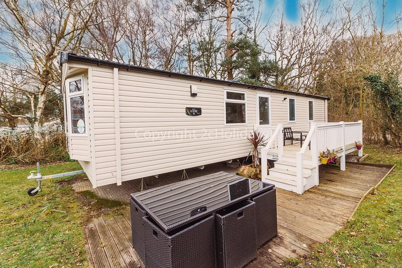 Brilliant 6 berth caravan with decking at Haven Wild Duck in Norfolk ref 11065SC, location de vacances à Fritton