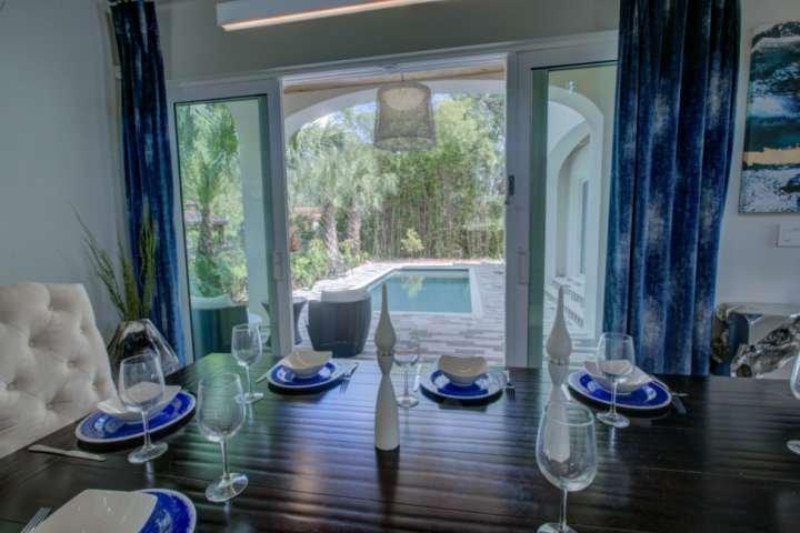 High-End New, Gourmet Kitchen, Heat Option Pool, Downstair Master, Modern, Garag, holiday rental in Sarasota