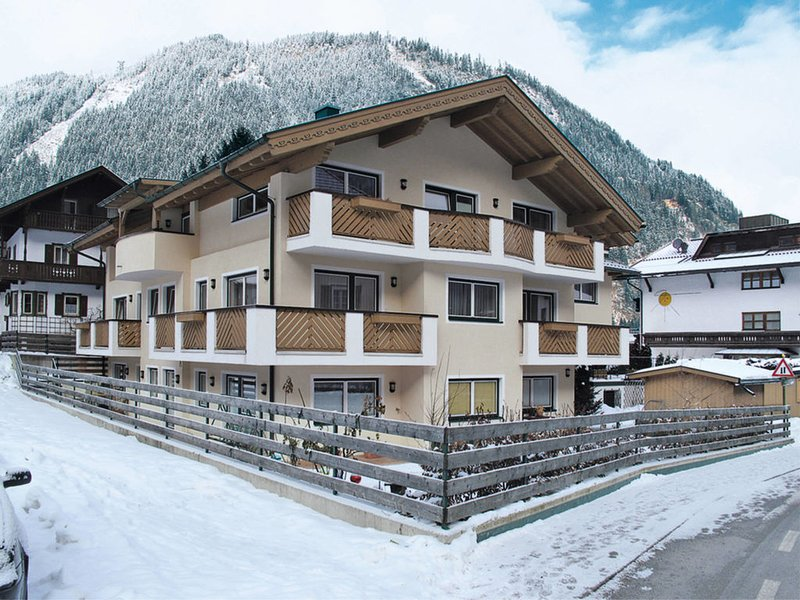 Rosa (MHO136) Chalet in Mayrhofen