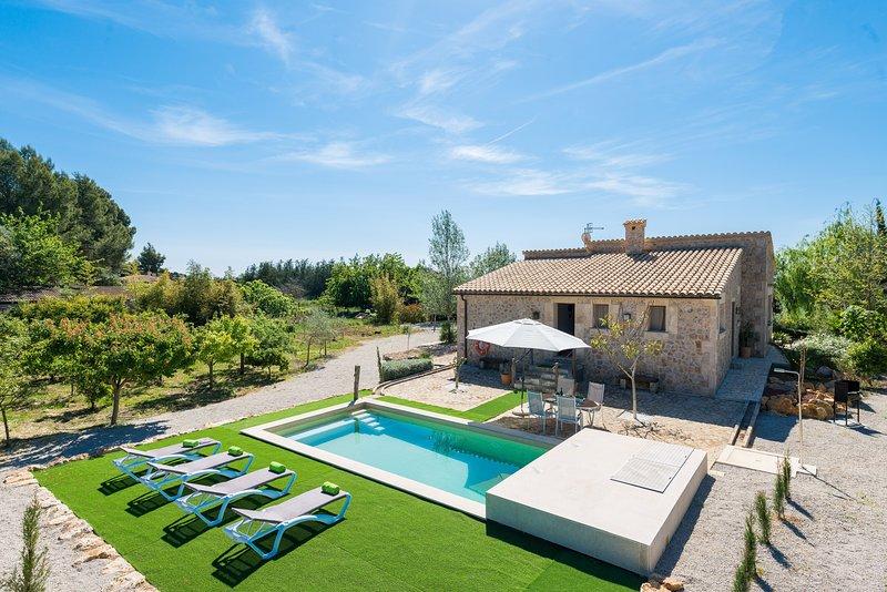SON FERRAGUT - Villa for 4 people in Sa Pobla, vacation rental in Sa Pobla