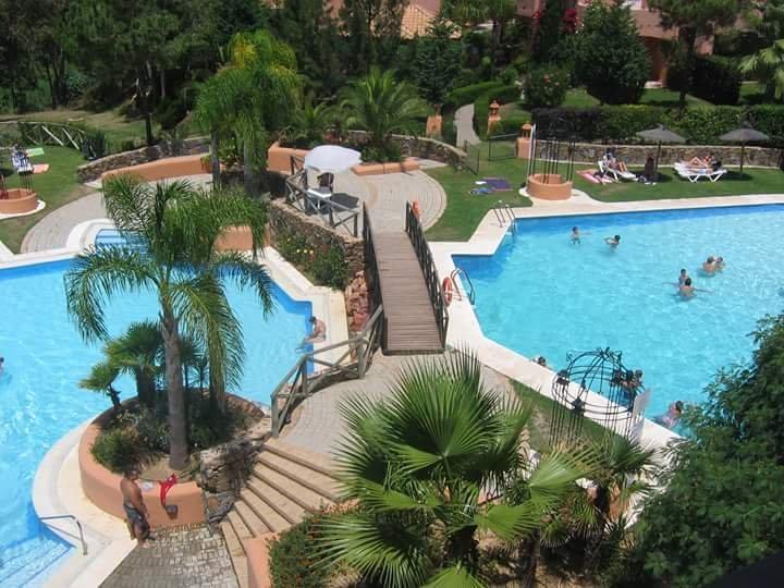 BONITA CASA ADOSADA EN ISLANTILLA PARA VACACIONES, aluguéis de temporada em Cartaya