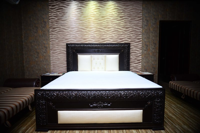 Hotel 12J, holiday rental in Lahore