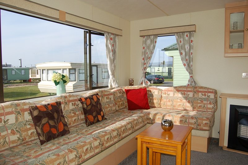 CARAVAN 147 NEPTUNE HALL, vacation rental in Tywyn