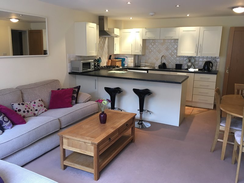 52 Burlington Mansions, holiday rental in Bournemouth