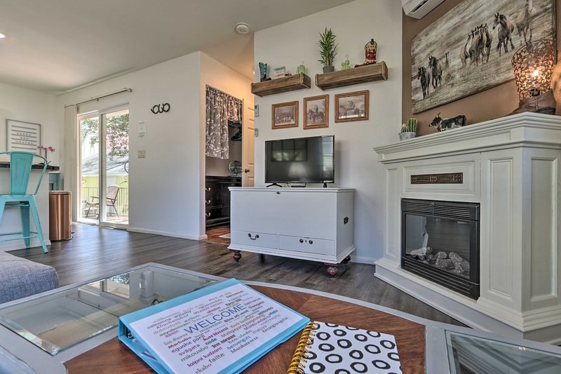 Escape to scenic Prescott and enjoy this charming 1-bed, 1-bath vacation rental!