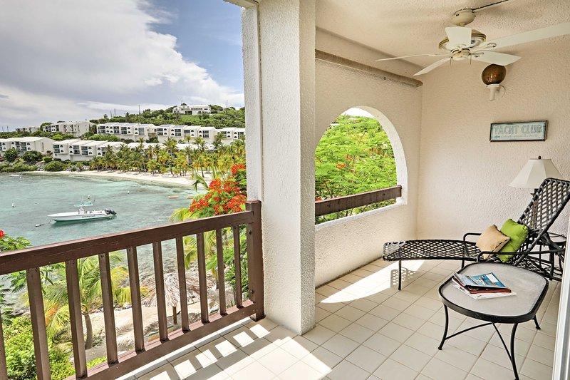 Descubra el paraíso en este apartamento de 2 dormitorios y 2 baños en St. Thomas.