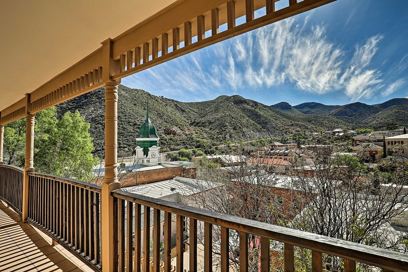 Downtown Bisbee Home w/ Unique Mountain Views, vacation rental in Bisbee
