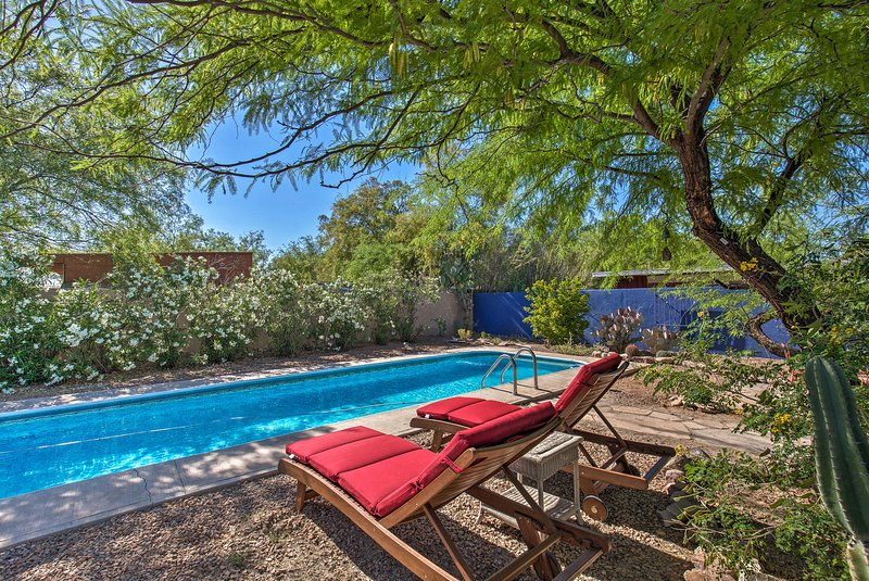 Unique Tucson 'Hidden Gem' House w/ Private Pool!, holiday rental in Catalina Foothills